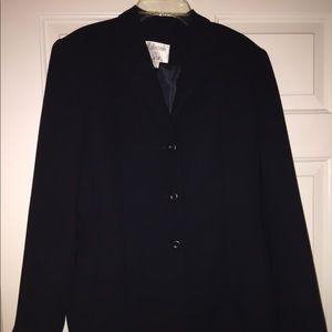 Ladies Suit Skirt and Blazer Set